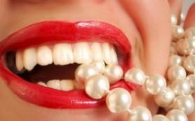 Назван лучший напиток для отбеливания зубов