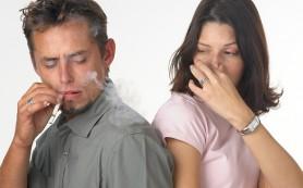 Пассивное курение ускоряет приход менопаузы