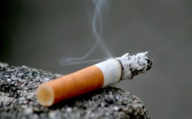 Курить на открытом воздухе могут запретить