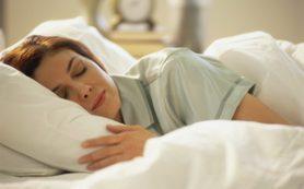 Эксперты рассказали, под каким одеялом следует спать, чтобы иметь здоровый сон