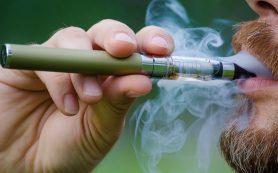 Электронные сигареты, возможно, опаснее обычных, утверждают ученые