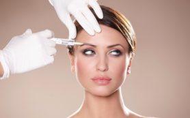 Процедура мезотерапии омолаживает кожу лица