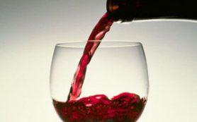Вино повышает риск рака груди