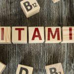 Дефицит какого витамина приводит к хронической усталости и ломкости волос