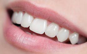 Почему разрушается зубная эмаль?