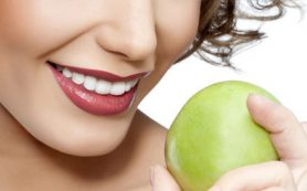 Здоровье зубов и десен зависит от образа жизни, а не от генов
