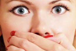 Врачи озвучили неожиданную причину неприятного запаха изо рта