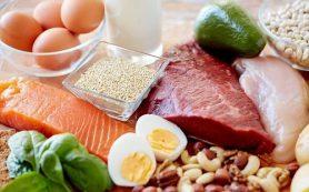 Еда перед сном не вредна для женщин, если только она белковая