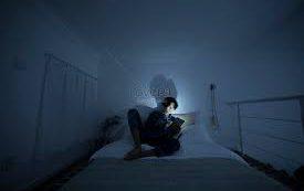 Синее излучение «освещает» дорогу к слепоте?