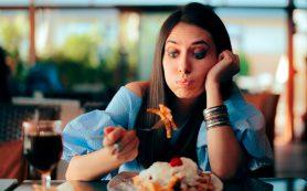 8 привычных продуктов, которые повышают уровень холестерина