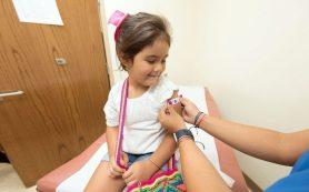В Москве планируются рекордные объемы вакцинации девочек против ВПЧ — Депздрав