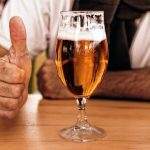Умеренную выпивку связали с улучшением когнитивных функций
