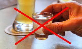Соленая рыба и алкоголь под запретом: как питаться при COVID-19?